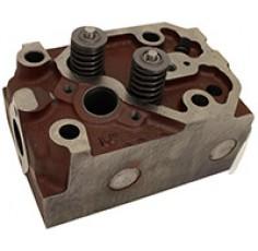 TETE du moteur Avec Vannes Zetor UR1
